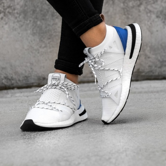 sports shoes 73e16 c5578 adidas Shoes - ADIDAS Arkyn Womens Sneaker